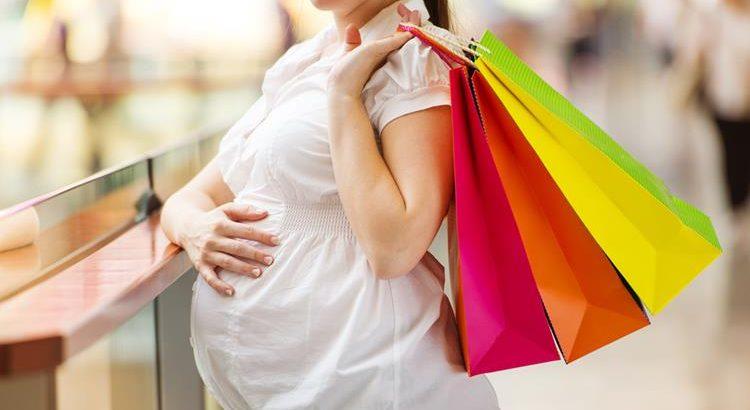 Шубы для беременных: особенности выбора