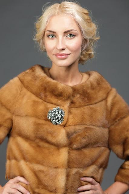 Модель шубы «Шанель»: изысканная классика