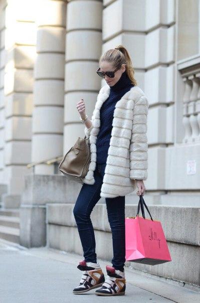 Шуба с кроссовками: тренд или табу?